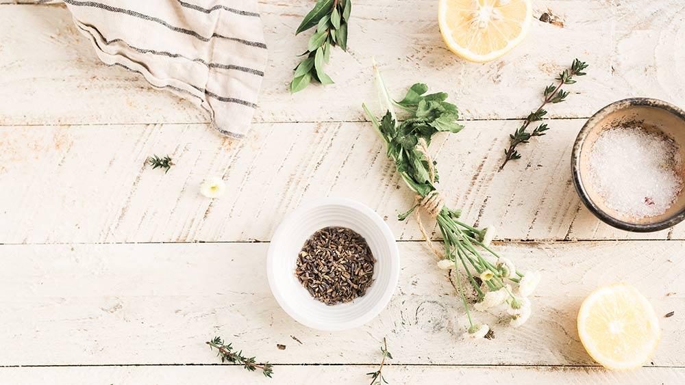 Trucos de limpieza ecológica para tu cocina Carpisan
